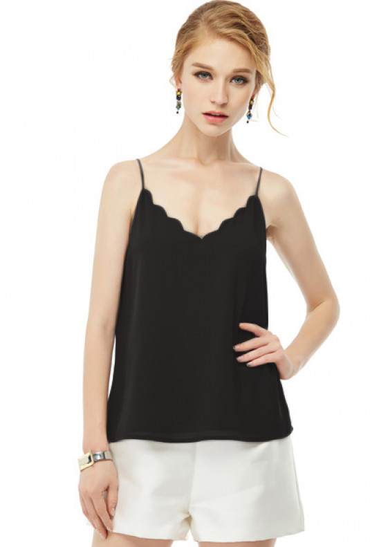 Dainty Habits Scallop V-neck Top in Black
