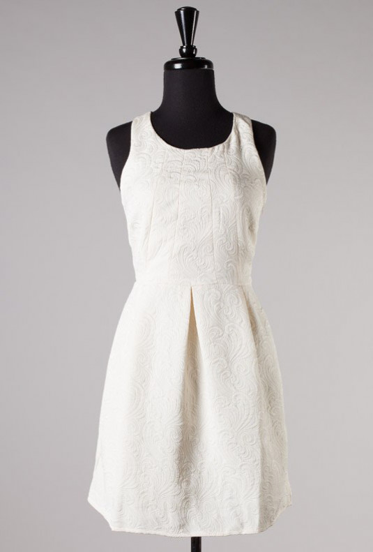 White Sleeveless Jacquard Print Dress