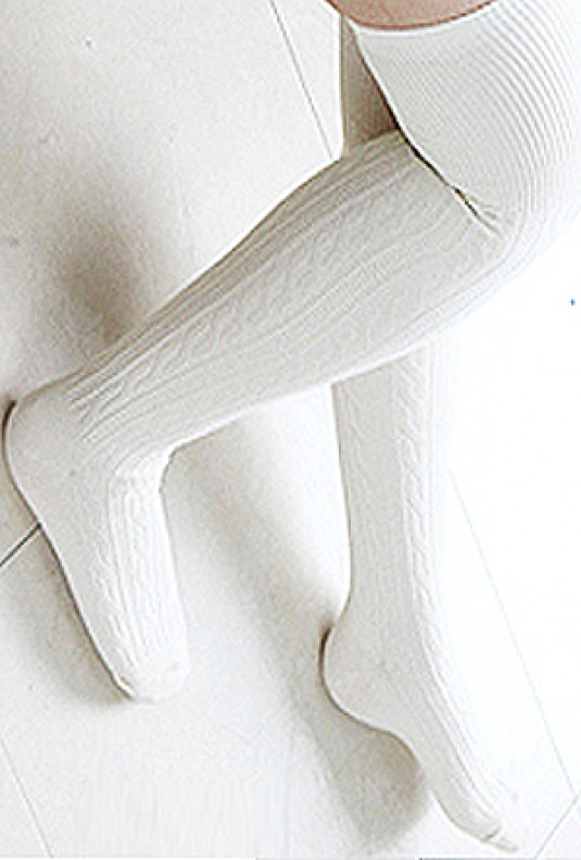 Preppy-Life-Cable-Knit-Thigh-High-Socks-white