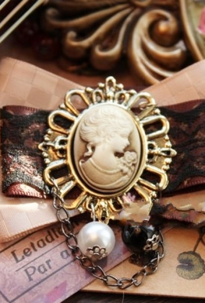 Brooch - Forget Me Not Victorian Cameo Bow Brooch