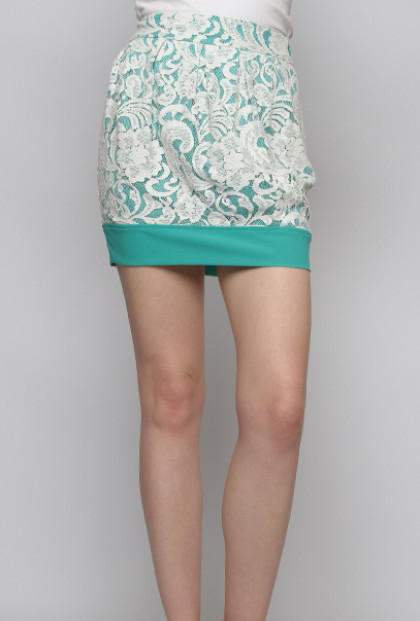 Jade Contrast Lace Mini Skirt