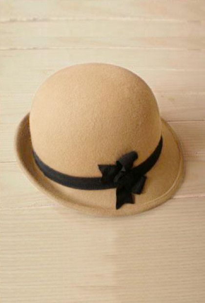Cloche - Autumn Walks Bow Felt Cloche in Beige