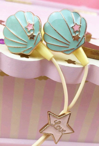 kawaii seashell earphones