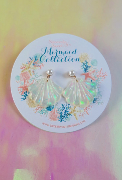 Holographic Seashell Earrings