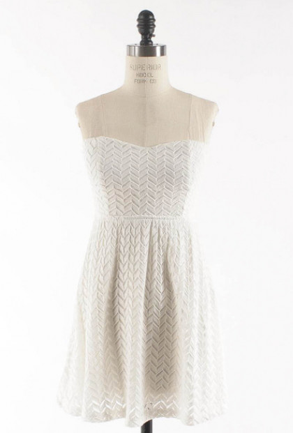 white Lace Sweetheart Skater Dress