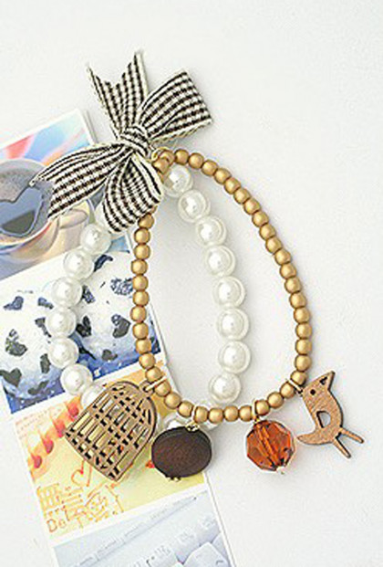 Bracelet - Songbird's Tweet Pearl Bracelet in Golden Acapella