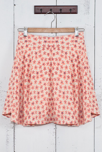 Ditsy Daisy Skater Skirt in Cherry Blossom
