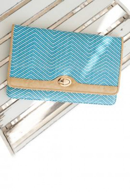 Clutch - South Beach Waves Zig Zag Pattern Oversized Straw Blue Clutch