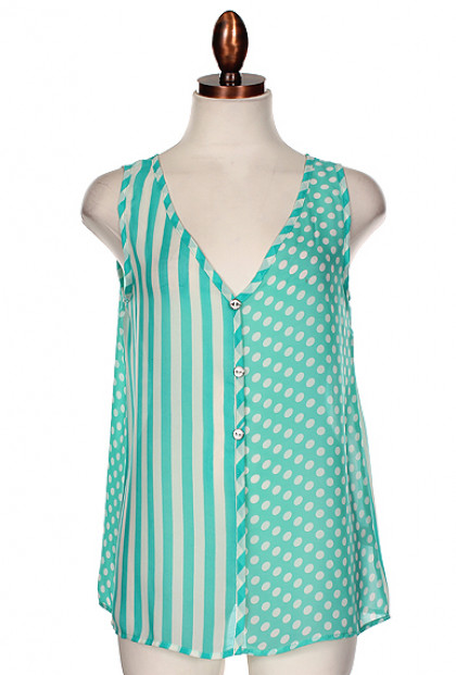 Top - Weekend Getaway Mixed Print Sleeveless Buttoned Top