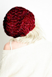 Chunky Heathered Knit Beanie in Maroon