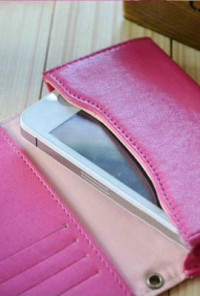 Cell Phone Magenta Wallet Wristlet