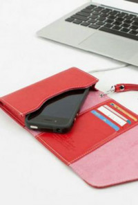 Princess' Chattel Cell Phone Rouge Wallet Wristlet
