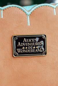 alice in wonderland eat me cookie bag