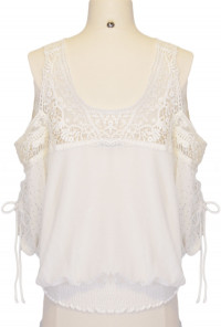 3/4 Sleeve Cold Shoulder Crochet Top