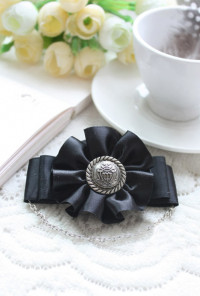 Brooch - Noble Aristocracy Crested Bow Brooch