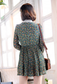 Long Sleeve Floral Dress in Forest Green