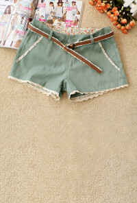 Lace Trim Shorts in Mint