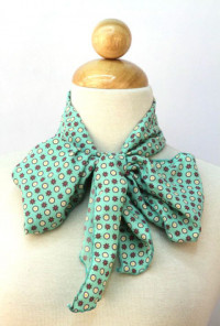 Ties That Bind Circle & Flower Print Mint Green Scarf