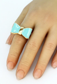 Mint Lacquered Bow Ring
