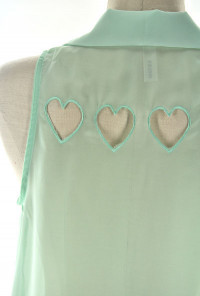 Love Sleeveless Blouse Heart Diecut