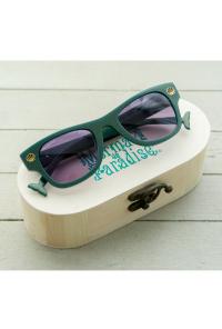 Mermaid Eyes Sunglasses box