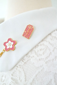 love omamori pin