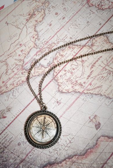 Necklace - Guiding Hope Glass Dome Compass Pendant Necklace