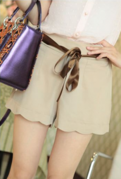 Shorts - Sunday Brunch Scalloped Crepe Shorts