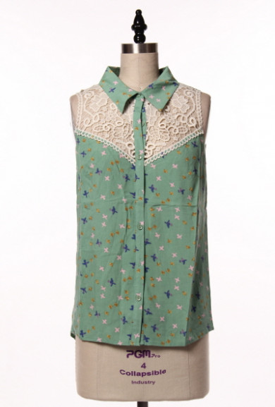 Blouse - Graceful Wings Bird Print Lace Yoke Sleeveless Blouse in Mint