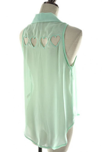 Blouse - Love Triangle Sleeveless Buttoned Blouse with Heart Diecut in Mint