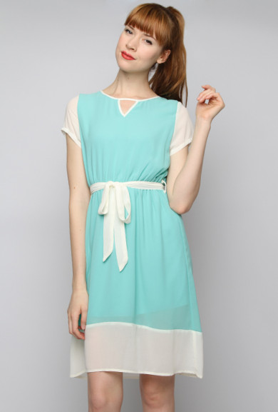 Dress - Picnic Date Short Sleeve Contrast Dress in Mint Blue