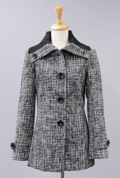 Coat - Well Travelled Crosshatch Tweed Ribbed Collar Coat in Salt & Pepper