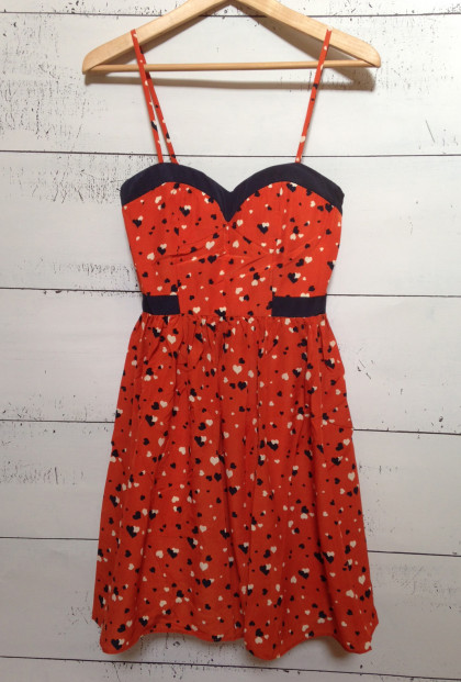 Dress - Cupid's Smile Sweetheart Heart Print Dress in Rust/Navy