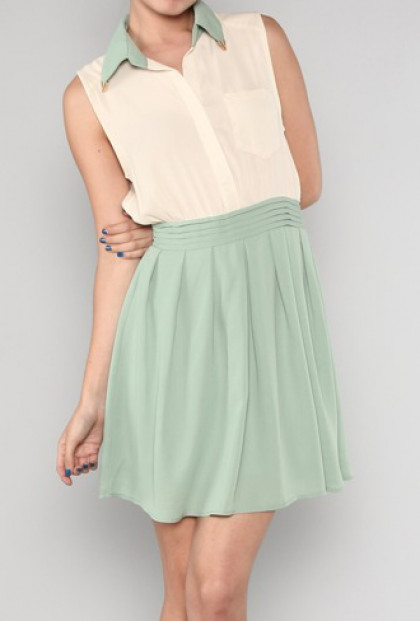 Dress - Pastel Whispers Two Toned Dress with Collar Tips in Sage/Cream