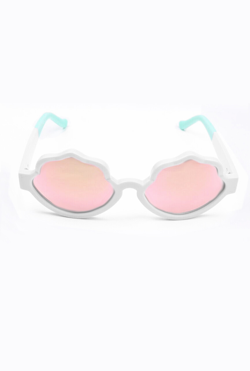 See Shells Seashell Frame Sunglasses In White Presale