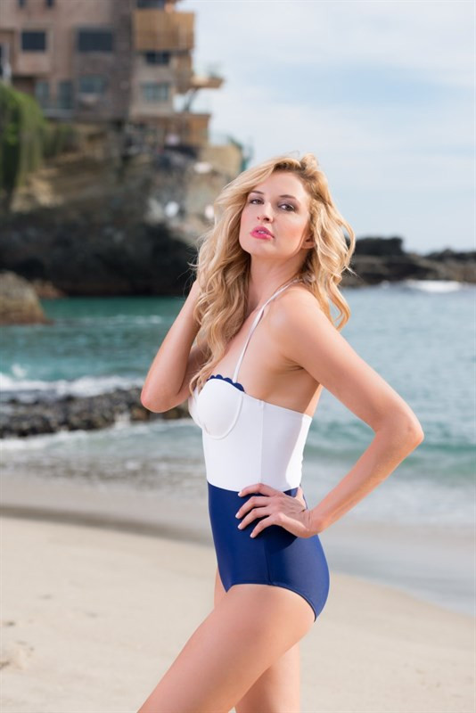 Such a Betty Scallop One Piece Swimsuit in Navy/White
